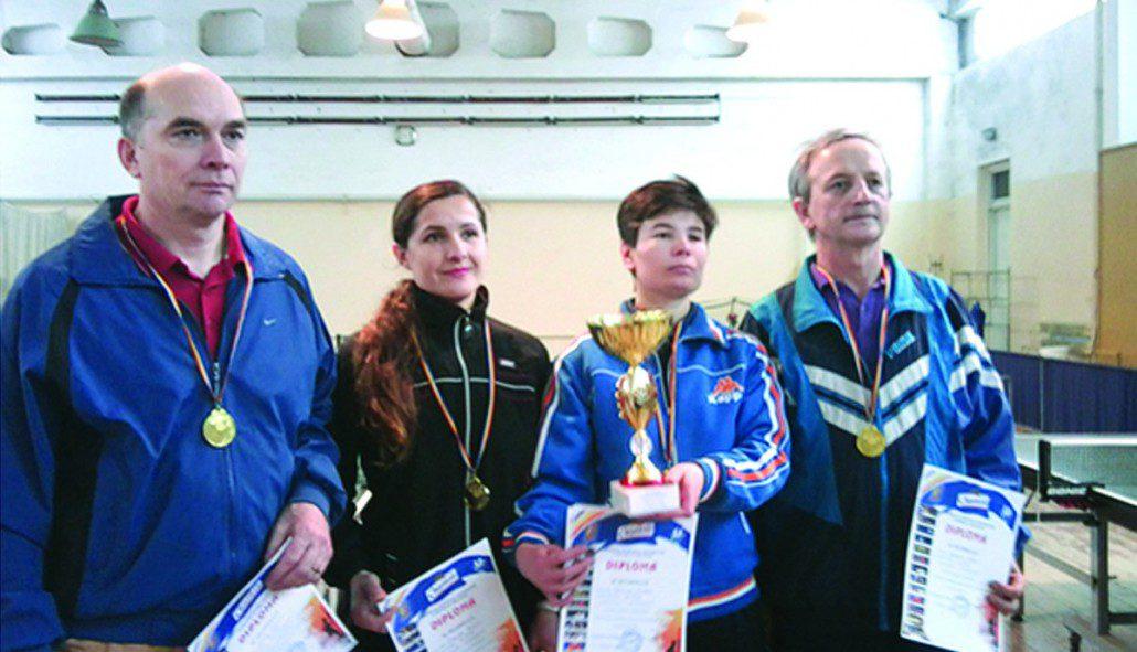 Echipa UTM de tenis de masă, multiplă campioană şi premiantă la campionatele şi universiadele cadrelor didactice şi colaboratorilor instituţiilor de învăţământ superior din RM
