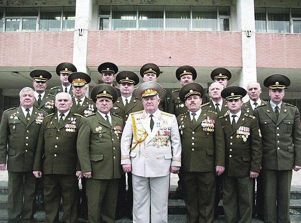Bărbații Catedrei Militare