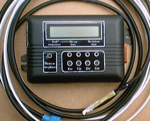 Bloc de dirijare şi control a temperaturii pentru sisteme autonome de încălzire