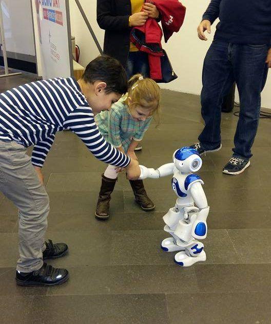 robotics-demo-day_4