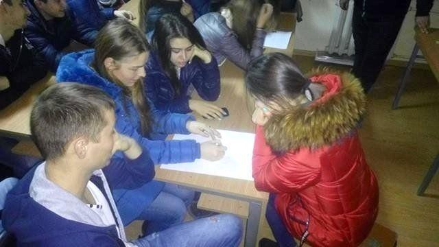 Studentii in dialog cu psihologul Olesea Pletniov_2