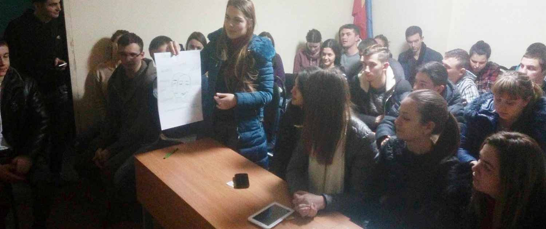 Studentii in dialog cu psihologul Olesea Pletniov_4
