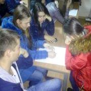 Studentii in dialog cu psihologul Olesea Pletniov_r